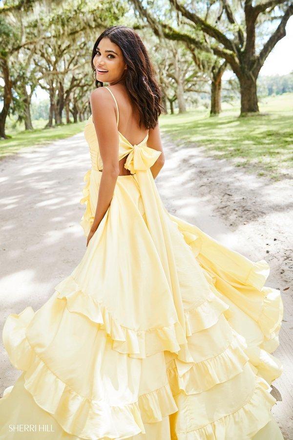 Daniela Braga para Sherri Hill  spring 2019(12).jpg