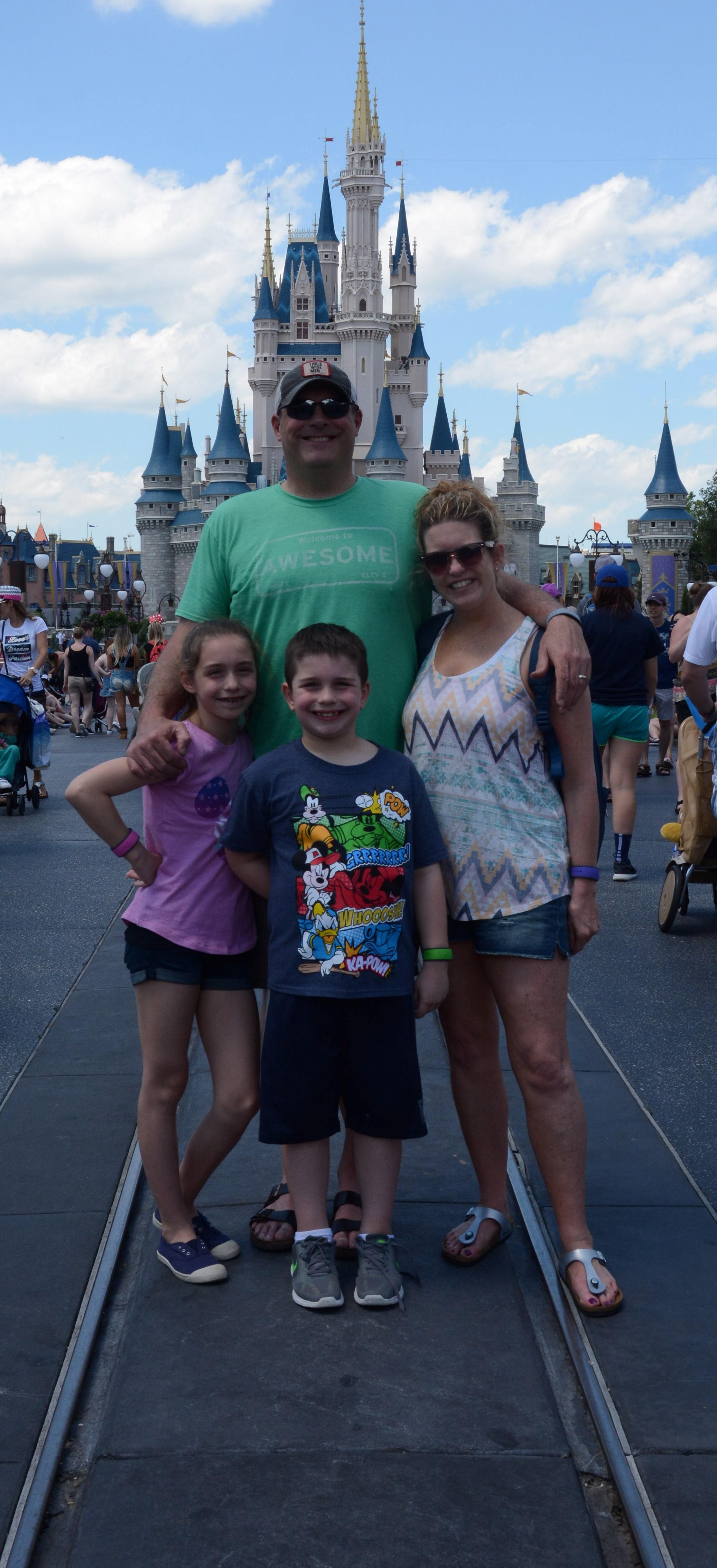 magic kingdom with the family #disneysmmc