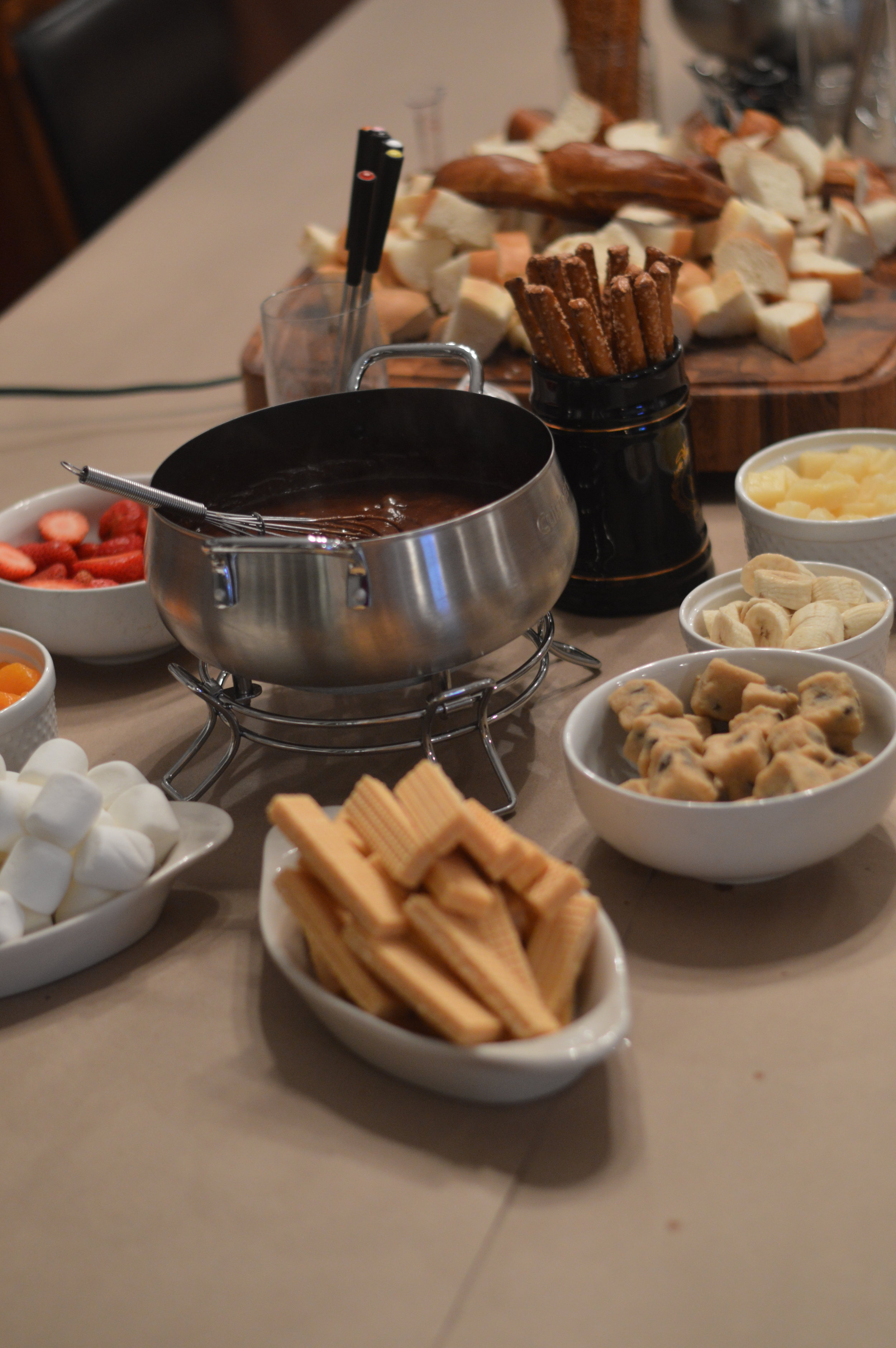 how to host a fondue party with kids