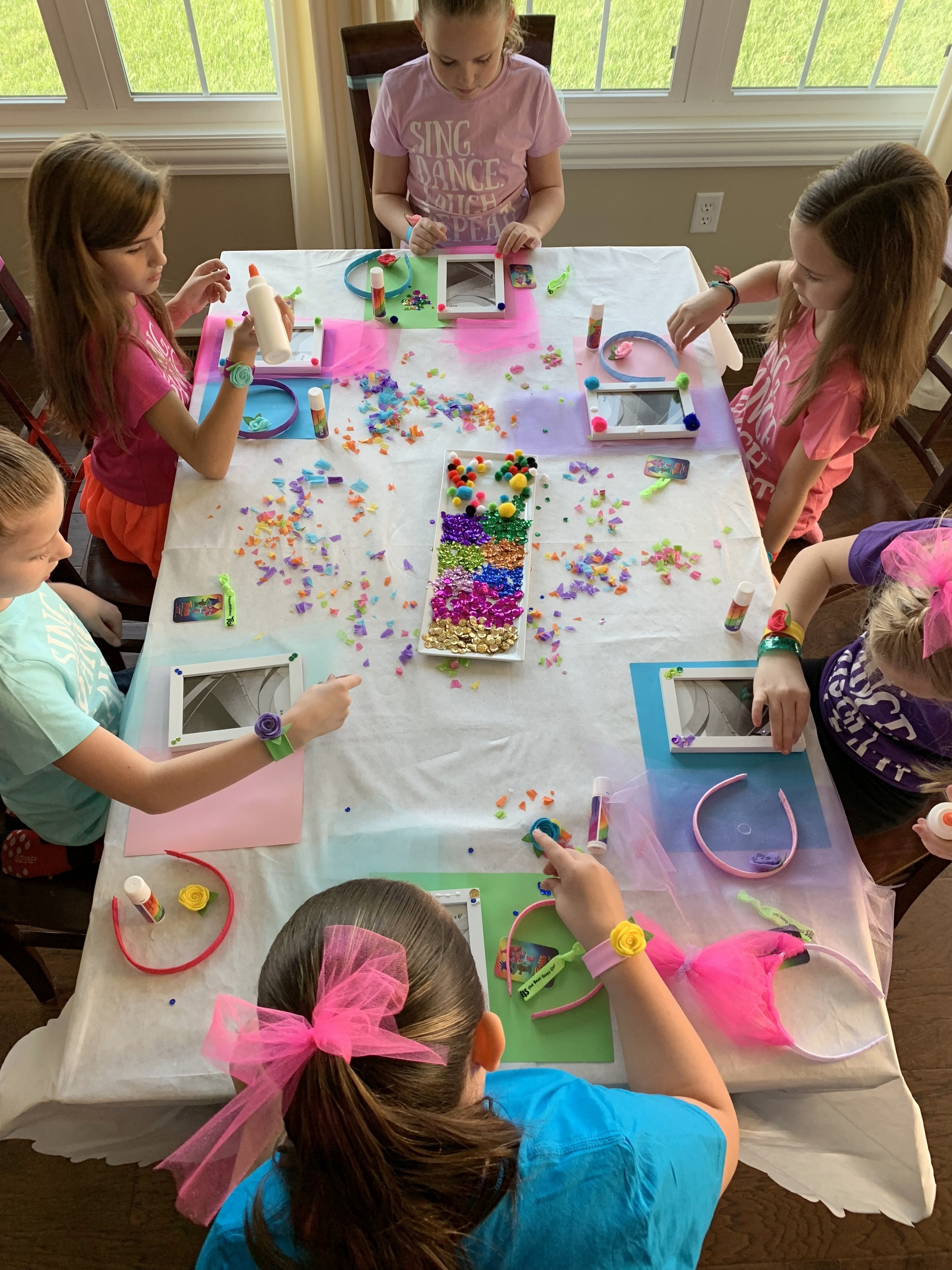 trolls party crafts