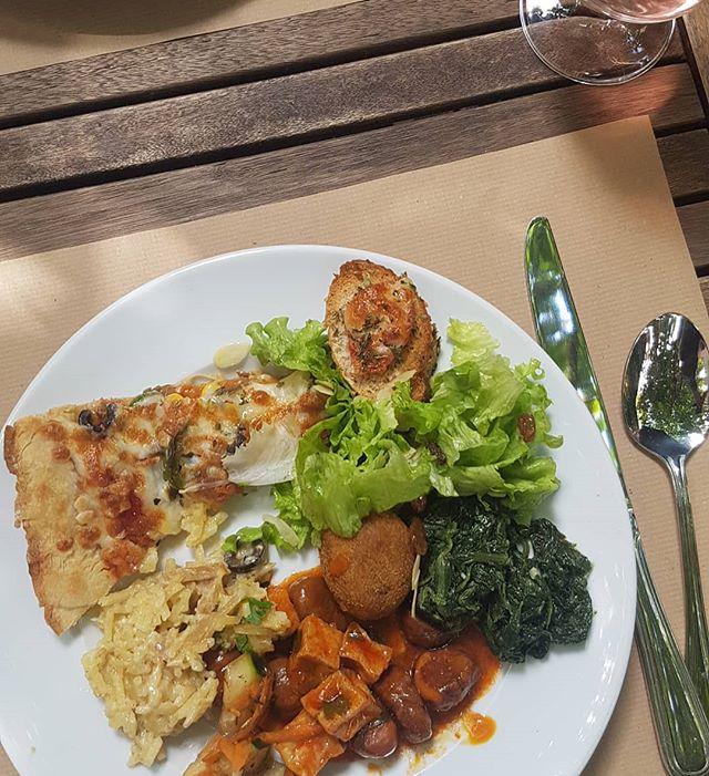 When in Lisbon eat here! Amazing home-style portuguese vegetarian (95% vegan) buffet. #terrarestaurantnatural #lisbon