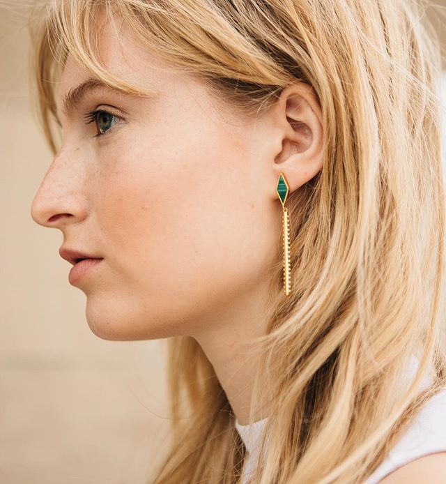 Green With Envy 💚 The rich, green Malachite stone used in every piece of the Sahara collection is the perfect pop of color for summer. Just let us warn you: People will stare. ⠀⠀⠀⠀⠀⠀⠀⠀⠀ #sierrawinterjewelry #sterlingsilver #gold #lovegold #jewelrygram #showmeyourjewels #jewelrydesigner #jewelry #jewelrydesign #buycoolshit