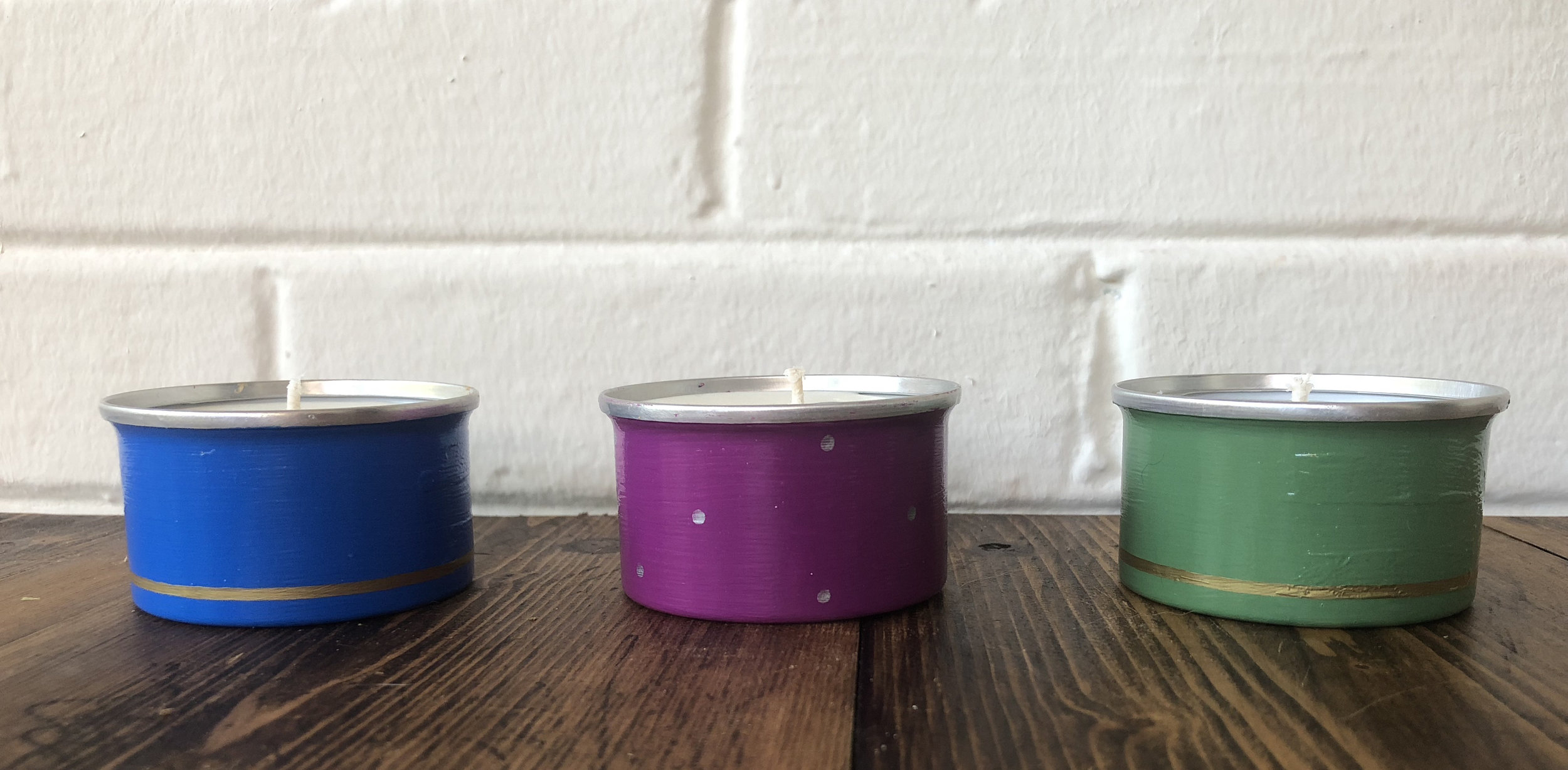 soy_candle_mini_tins_set_of_three.jpg