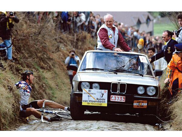 Let's hope there's no carnage like this today! Poor ole Jesper Skibby came a cropper when leading the race back in the good ole days! Go Trek-Segafredo !!!!