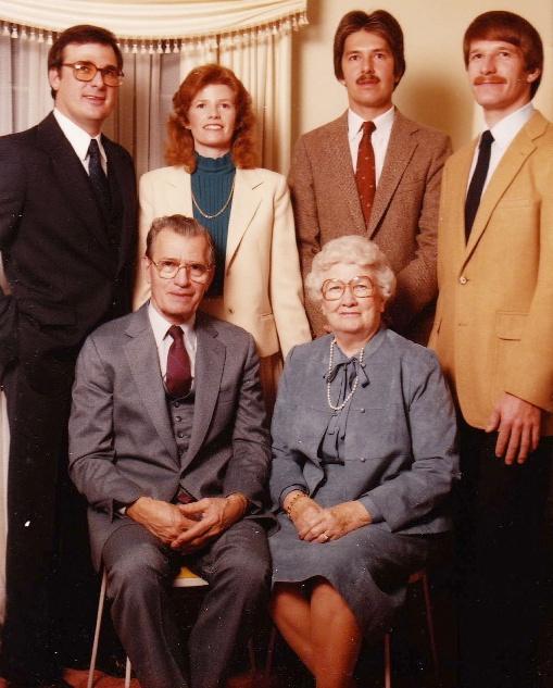 Papou and Yiayia (Sara) with their children (Pete, Maria, William, John)