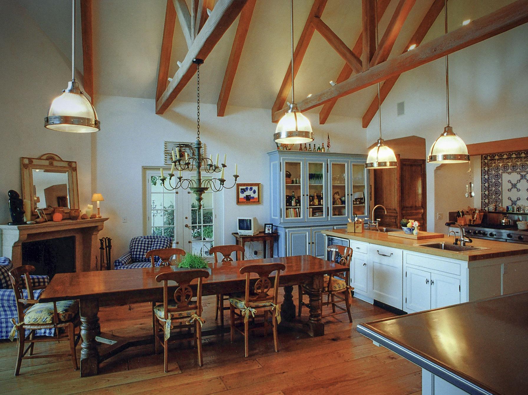 wahls-kitchen.jpg