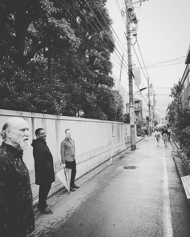 Back out for a few with @oldmansco Combo 66. Tonight we're at The Dakota in Minneapolis... How you like them minneapples? There's a mineapp for that... 🙄 📷 - streets of 🇯🇵 #JohnScofield #VicenteArcher #BillStewart #GeraldClayton #Combo66