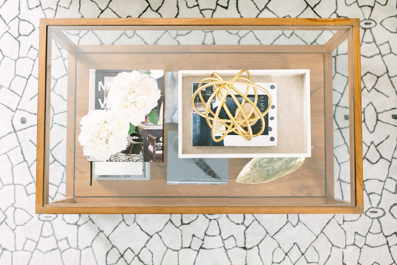 Contemporary living room accessories - Akin Design Studio