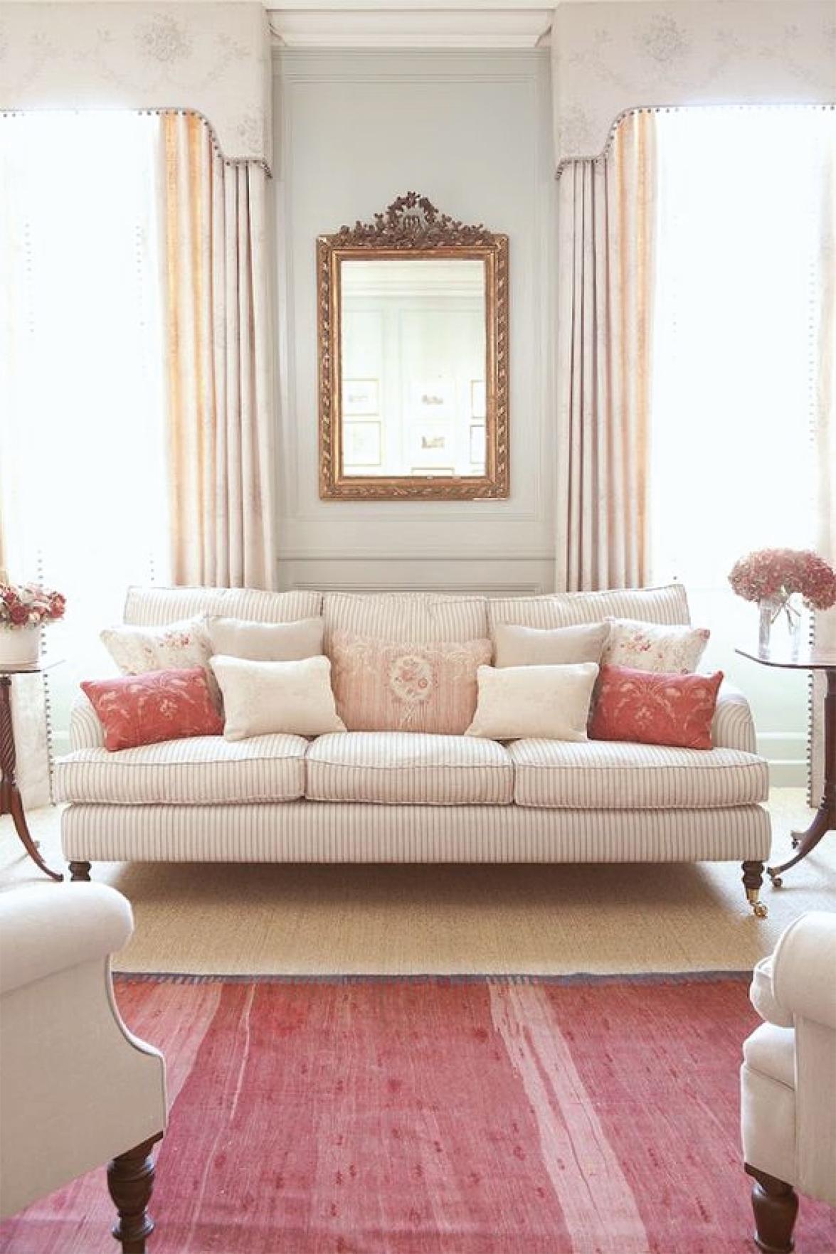 Pink feminine living room design