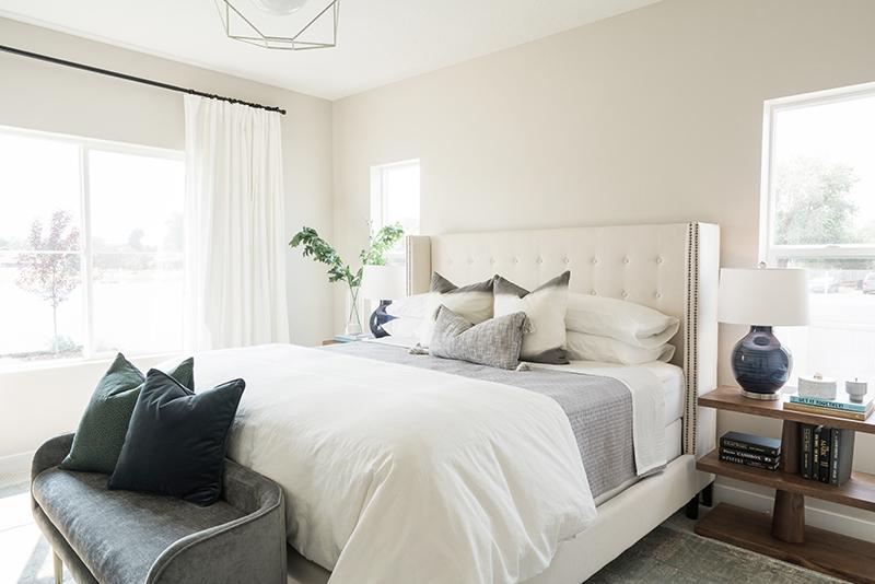 Bellows Master Bedroom Design | Akin Design Studio