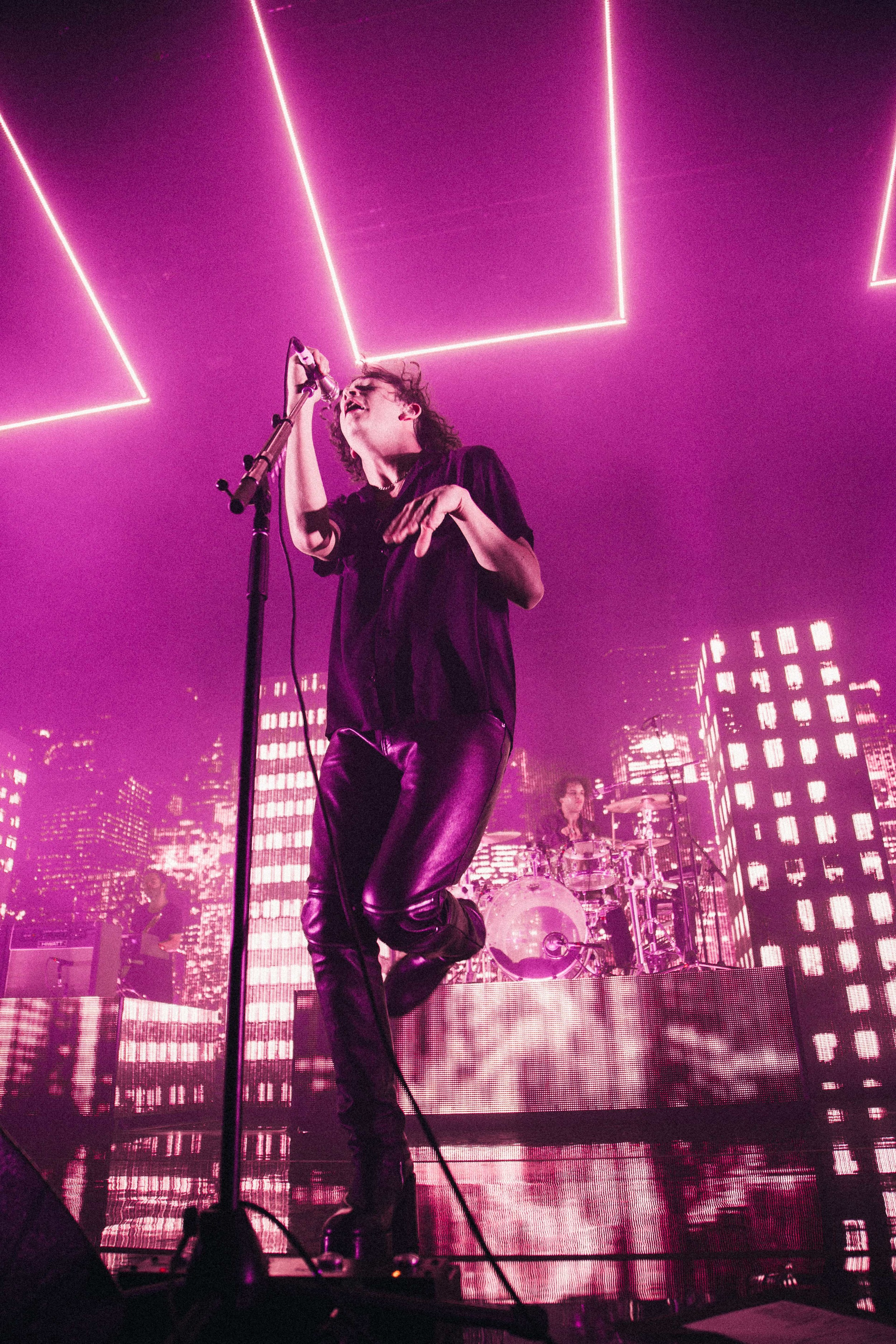The 1975 3Arena-9.jpg