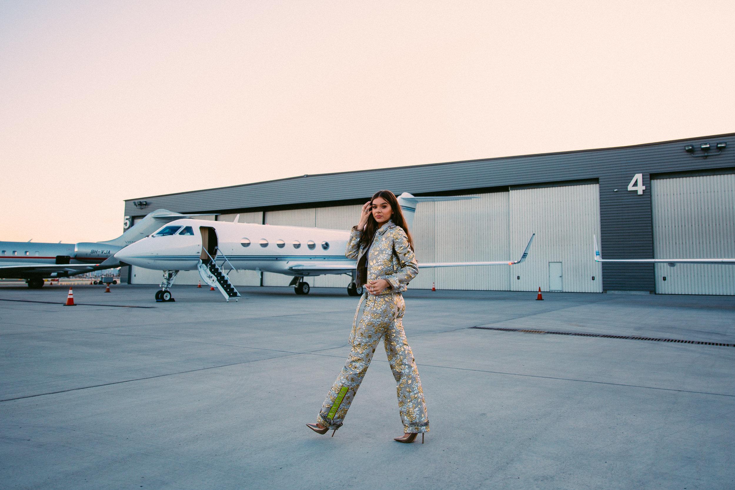 Hailee Steinfeld Runway-1.jpg