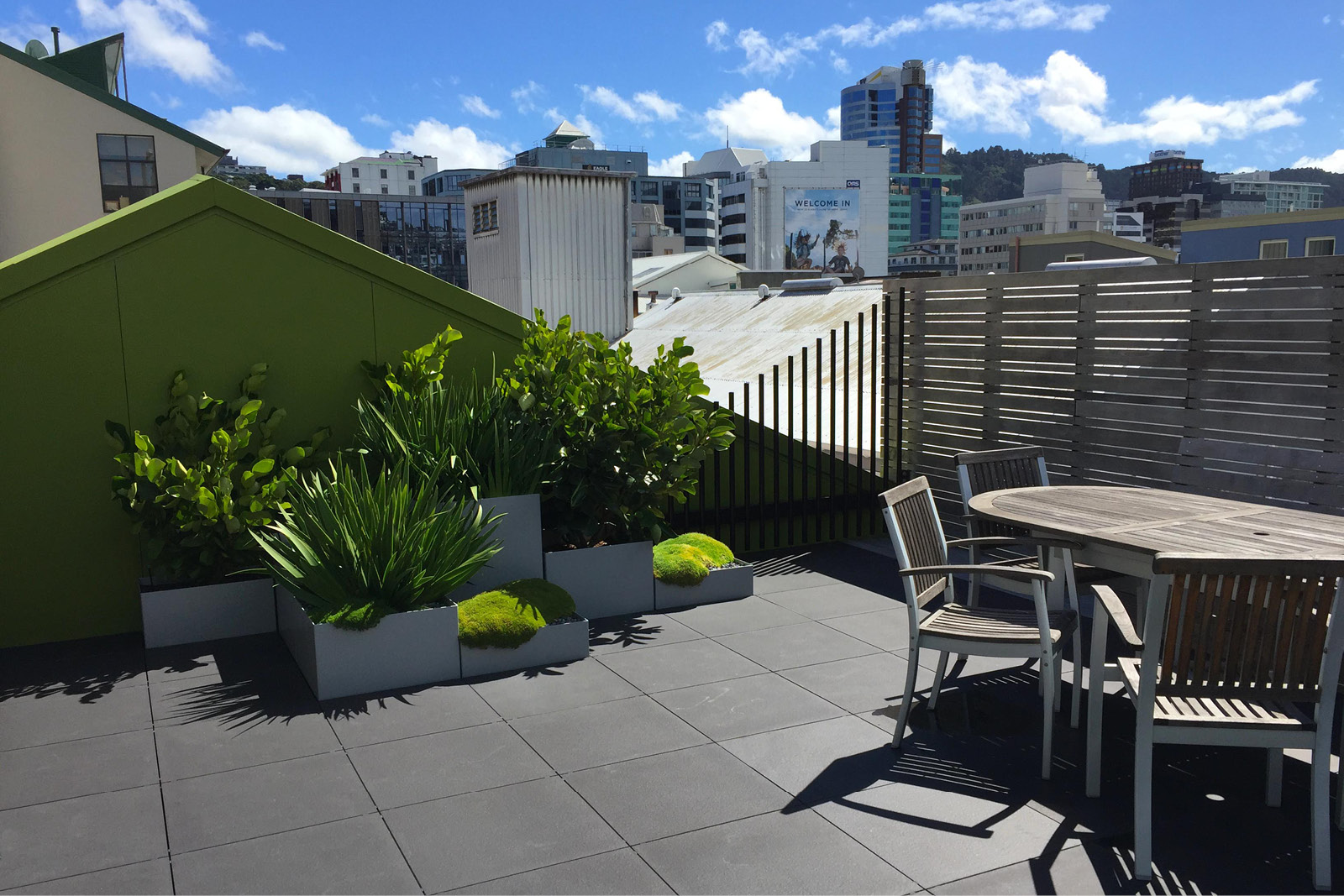 Rooftop_garden_City_courtyard.jpg