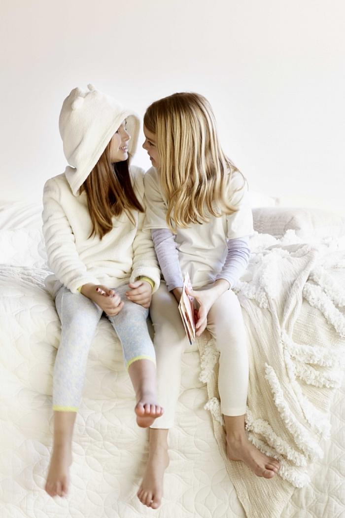 2_Mother_Daughter_Story_Hooded_Pair_Sitting_10348.jpg