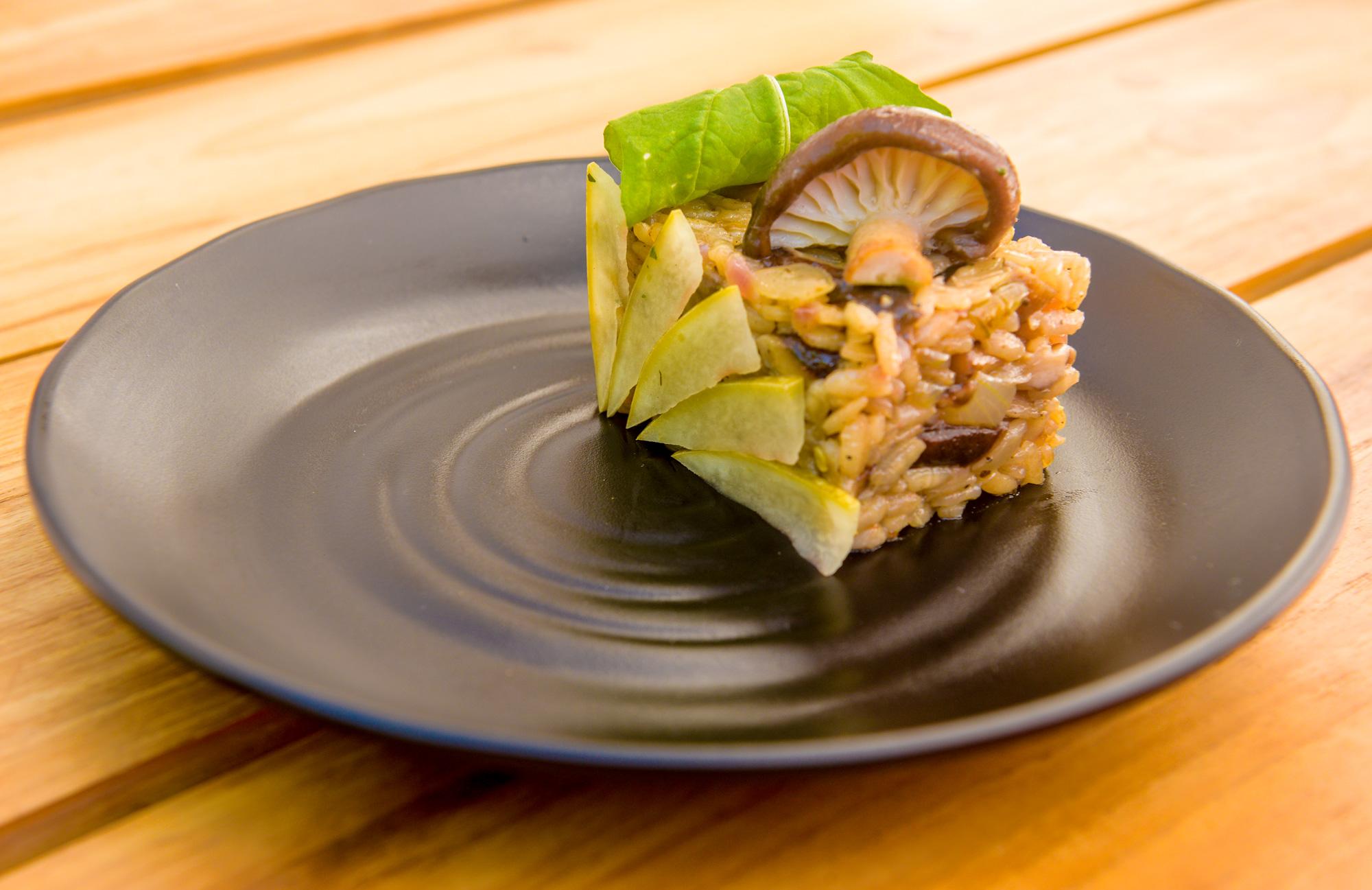Shitake-mushroom-risoto-with-pickled-watermelon-skin-and-arugula.jpg