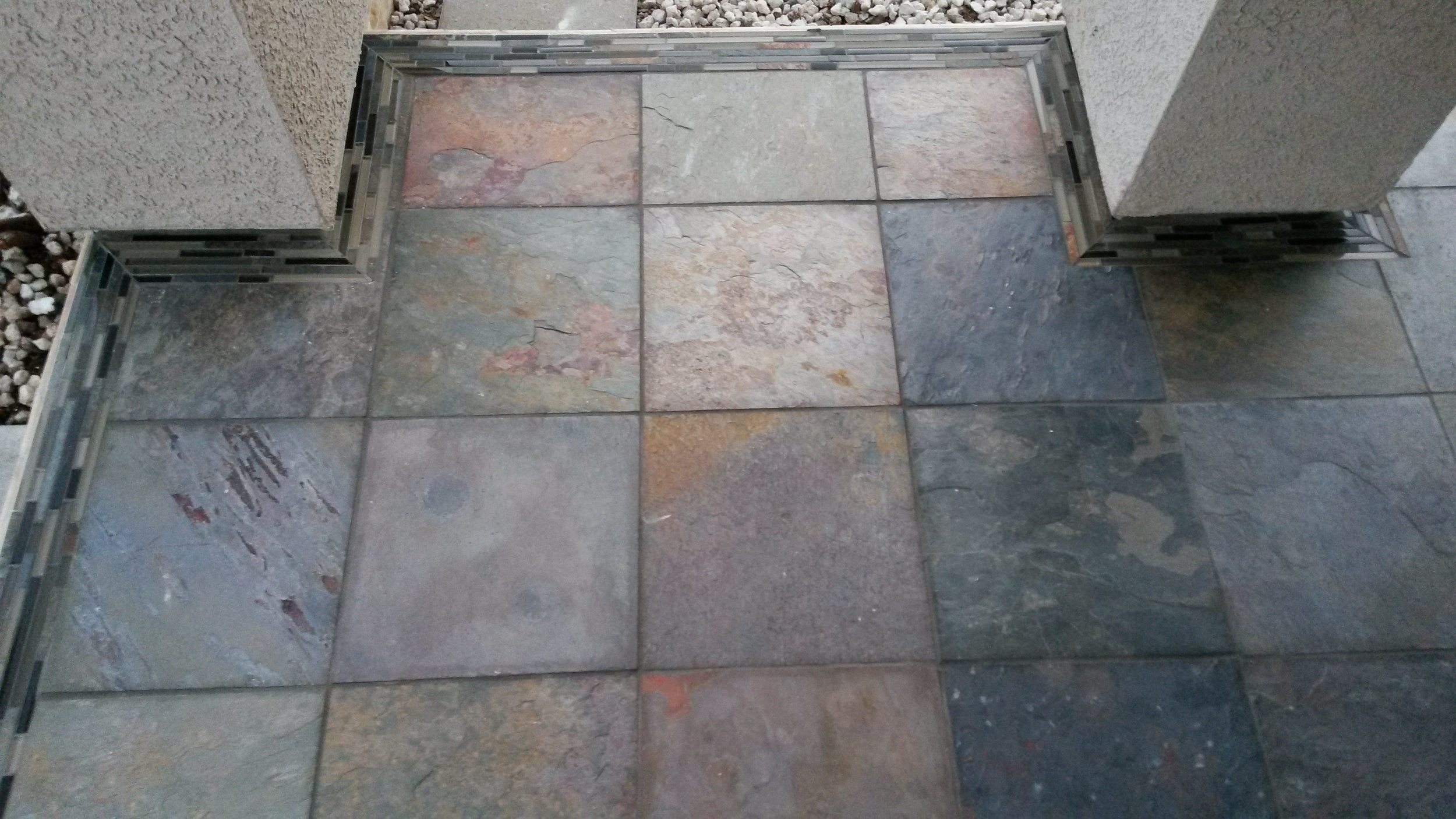 Top View of Detailed Glass Mossaic Corners.jpg