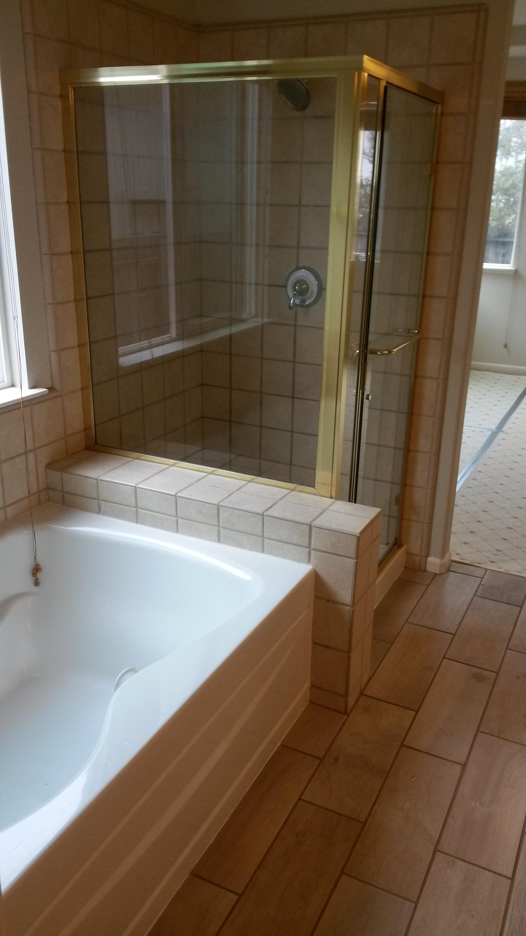 Entire MSTR Bath View .jpg