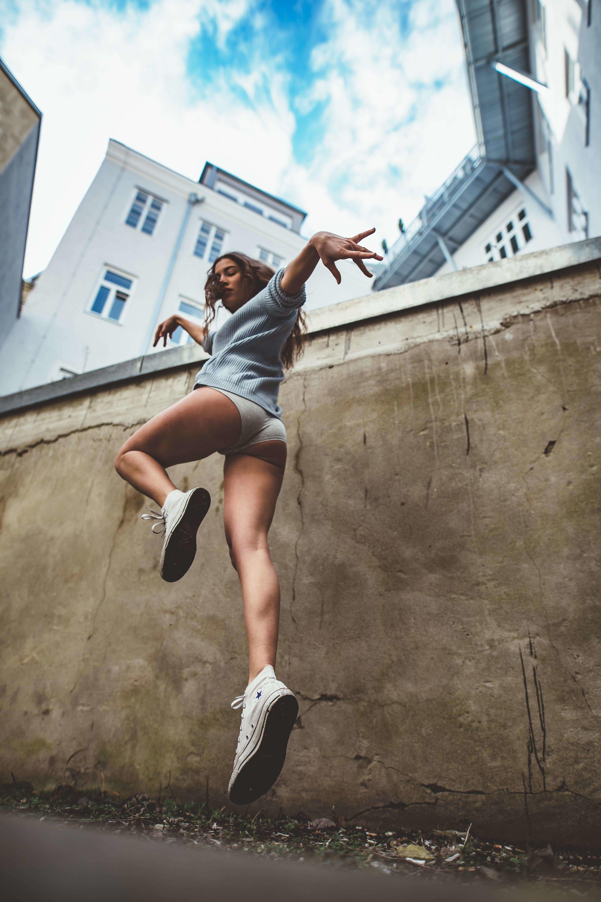 Lisa in Vienna with LA Photographer Joe Venuto-5883-min.jpg
