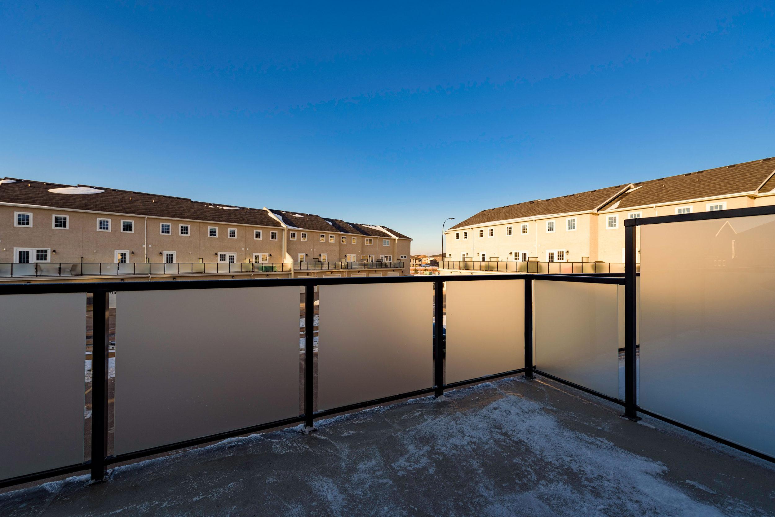 10420 Ancaster Gate Winnipeg-print-007-5-Balcony-4200x2804-300dpi.jpg