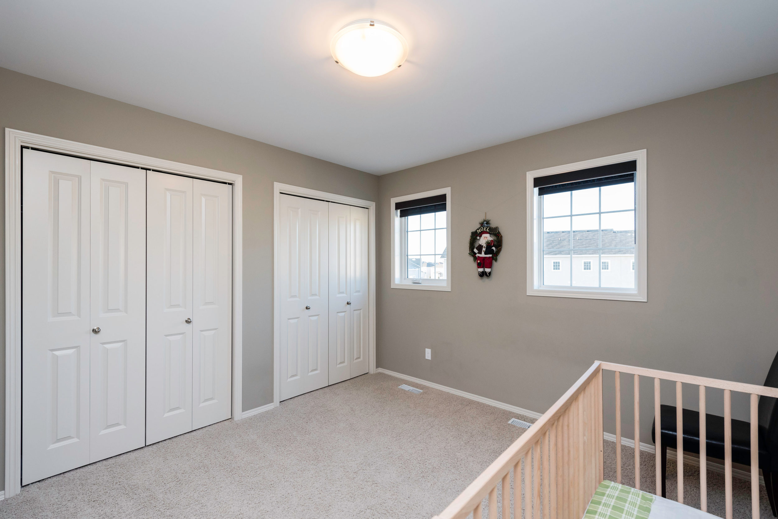 10420 Ancaster Gate Winnipeg-print-015-14-Bedroom-4200x2804-300dpi.jpg