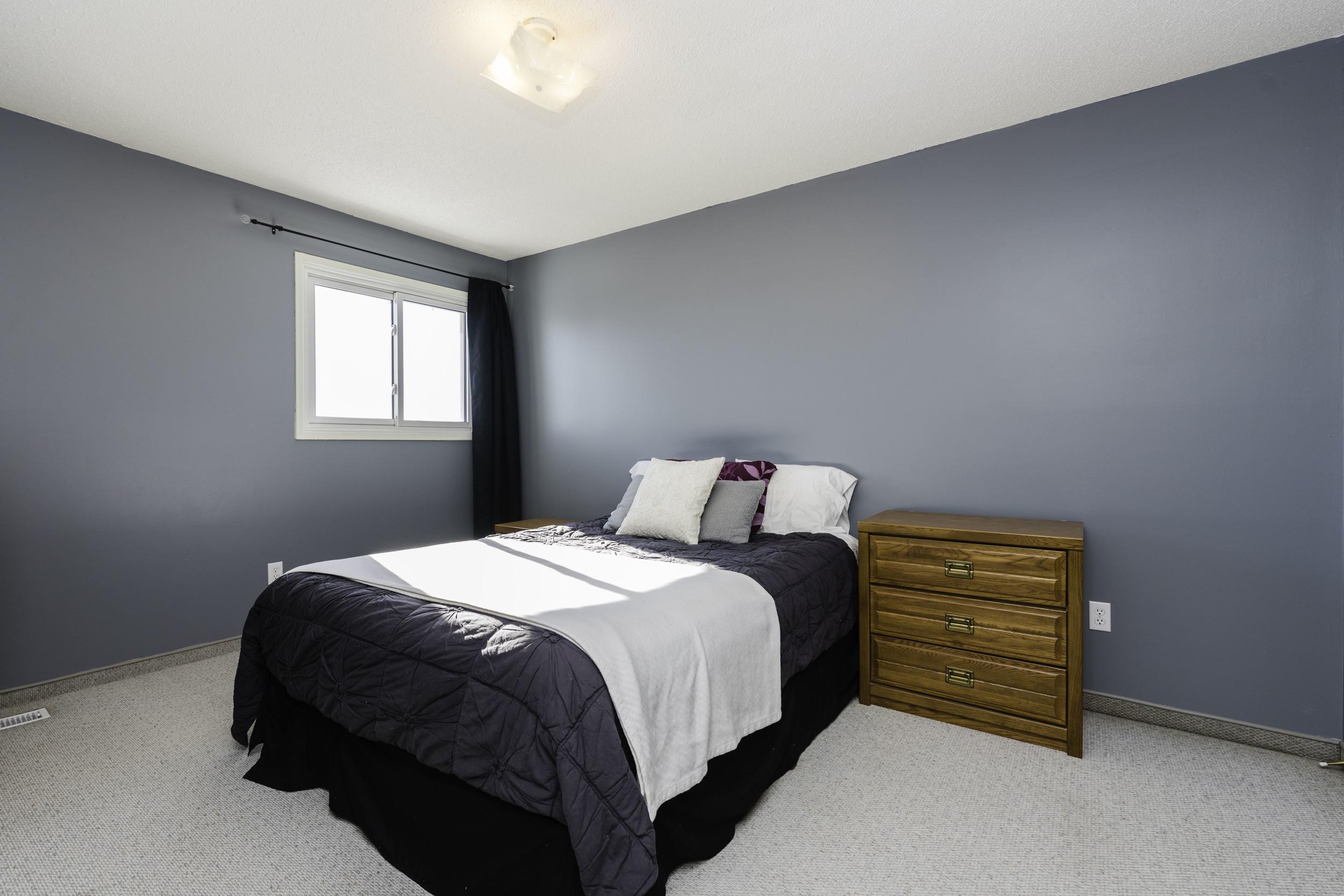 449_augier_avenue_MLS_HID972598_ROOMmasterbedroom1 (1).jpg