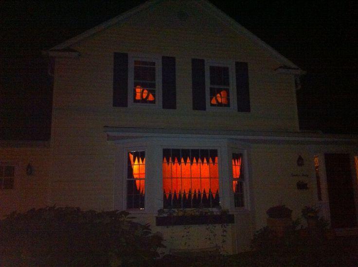 halloween house 4.jpg