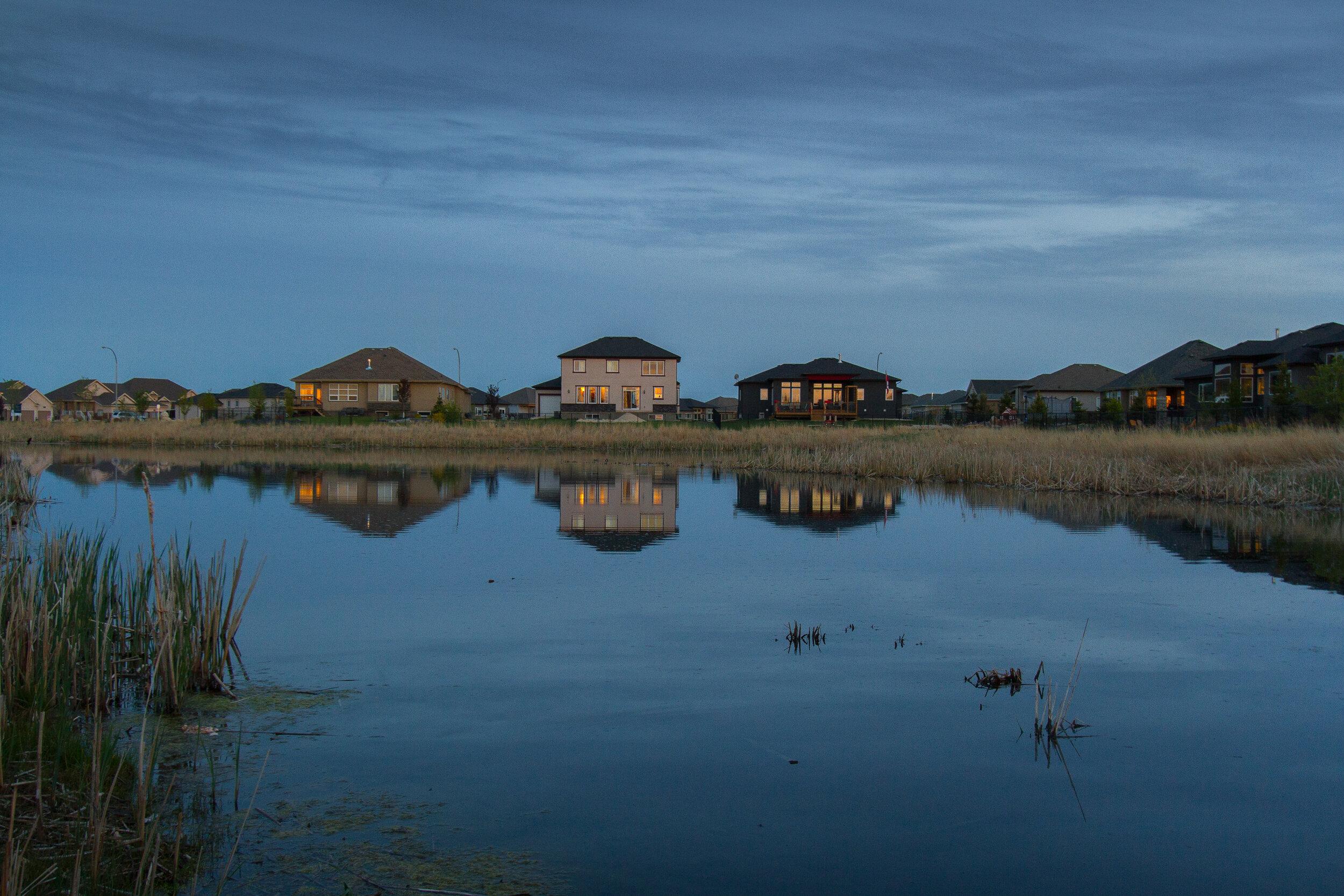 Evening in beautiful Oak Bluff West