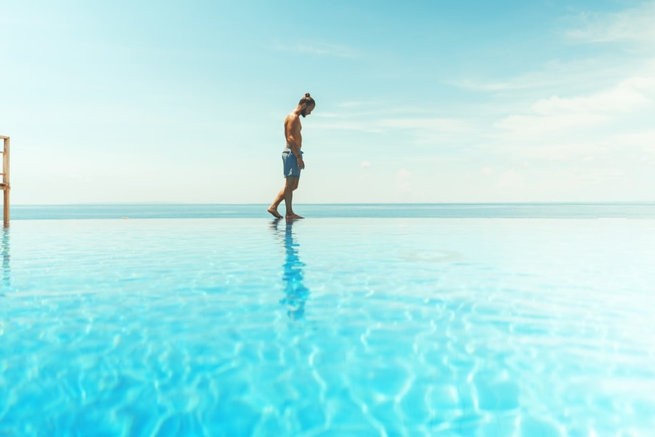 Man+walks+on+water.jpg