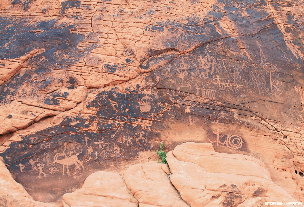 The valley was used by the Basket Maker people and later the Anasazi Pueblo people. The petroglyphs in the area date back to 3000 years ago and show hunting and possible religious ceremonies.