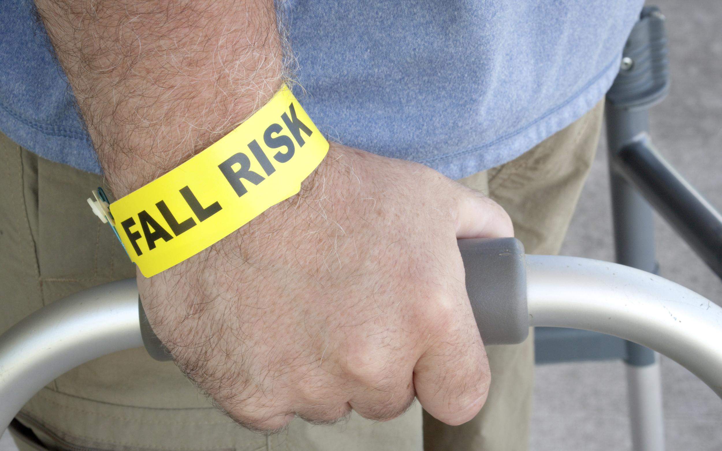 prevent-falls-for-seniors-and-elderly