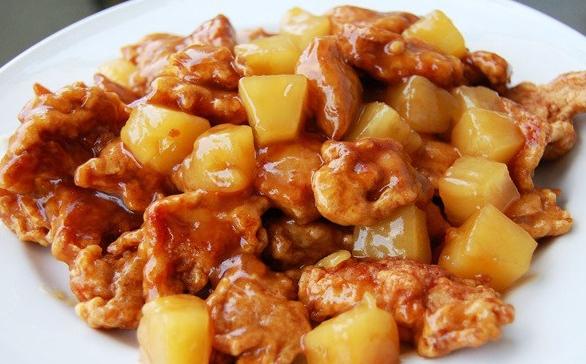 Hawg Sauce Pineapple Chicken -
