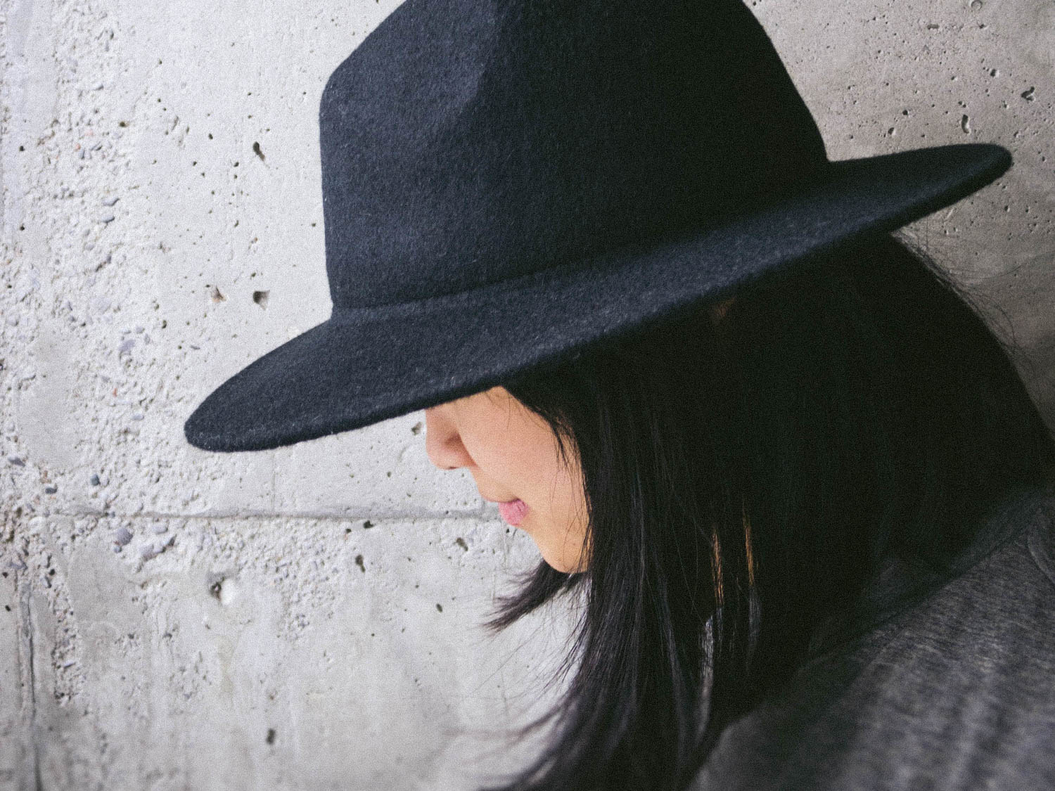 DIY // How to Tighten a Loose Fitting Hat