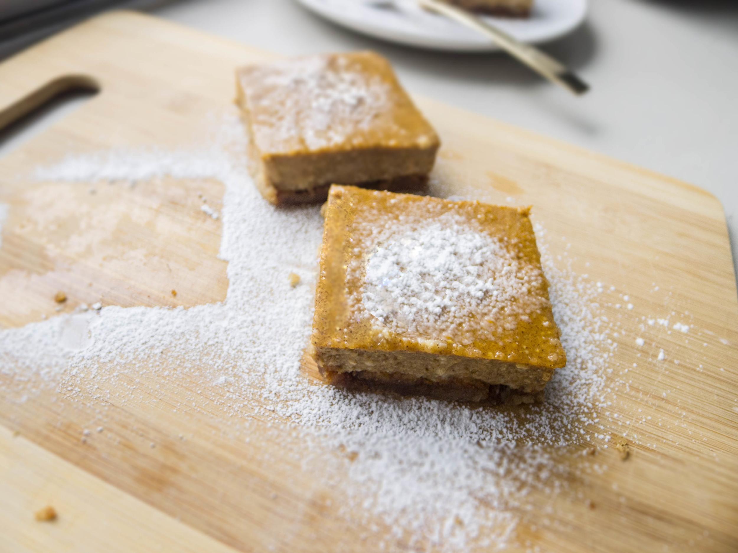Maple Pumpkin Bars with Almond Crust