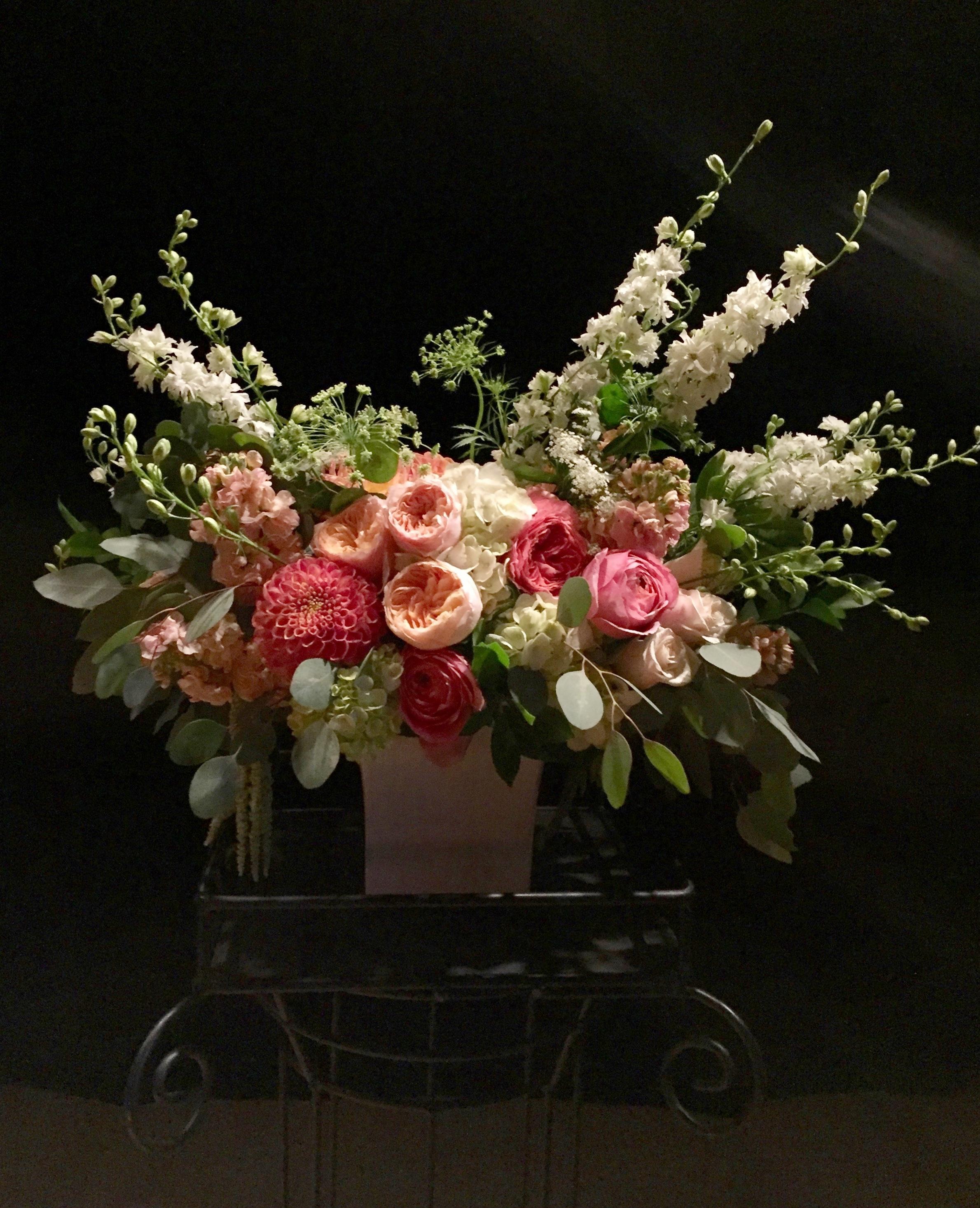 Ceremony pedestal, dahlias, juliett garden roses, larkspur