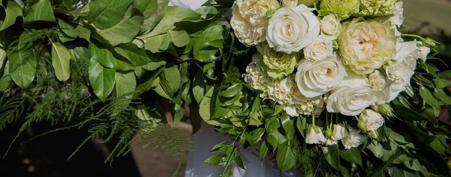 """""""Cathy is a magician when it comes to flowers!  She was able to  take my vision and bring it to life,better than I had imagined . I highly recommend her to anyone who is looking for a florist for their wedding!"""" -Tiffany L"""