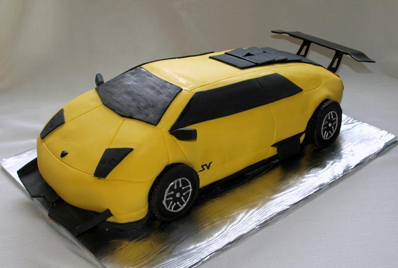 Lamborghini_cake.JPG