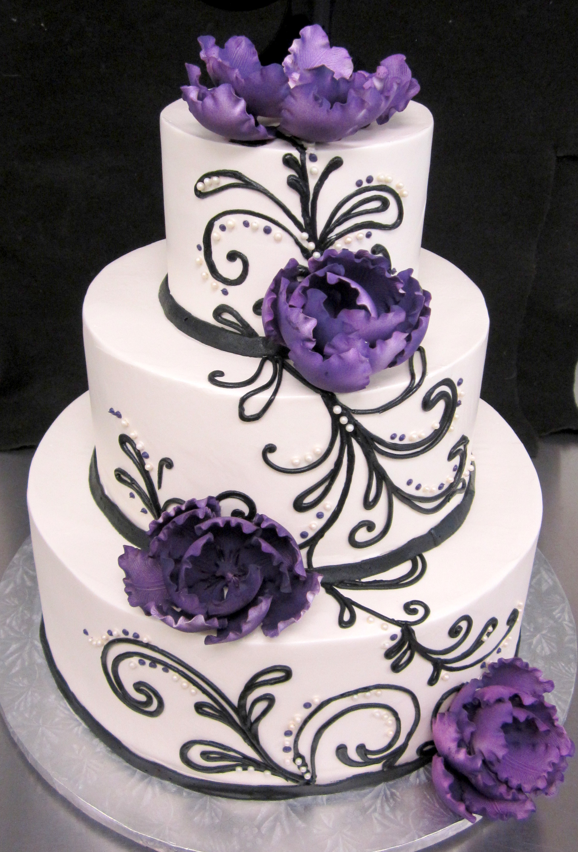 wedding cake-purple peonies black lg wisps.jpg