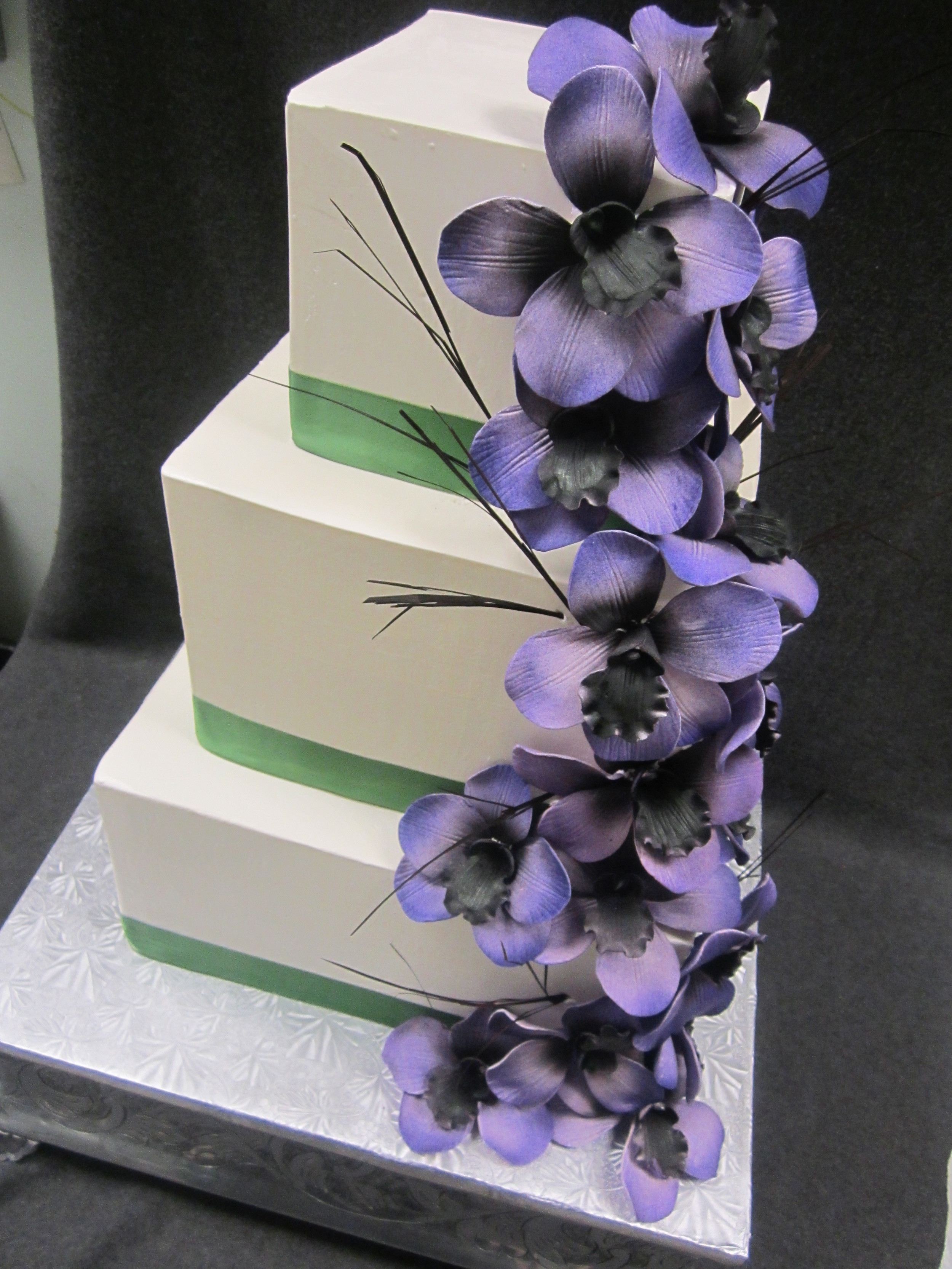 wedding- green band purple iris.JPG