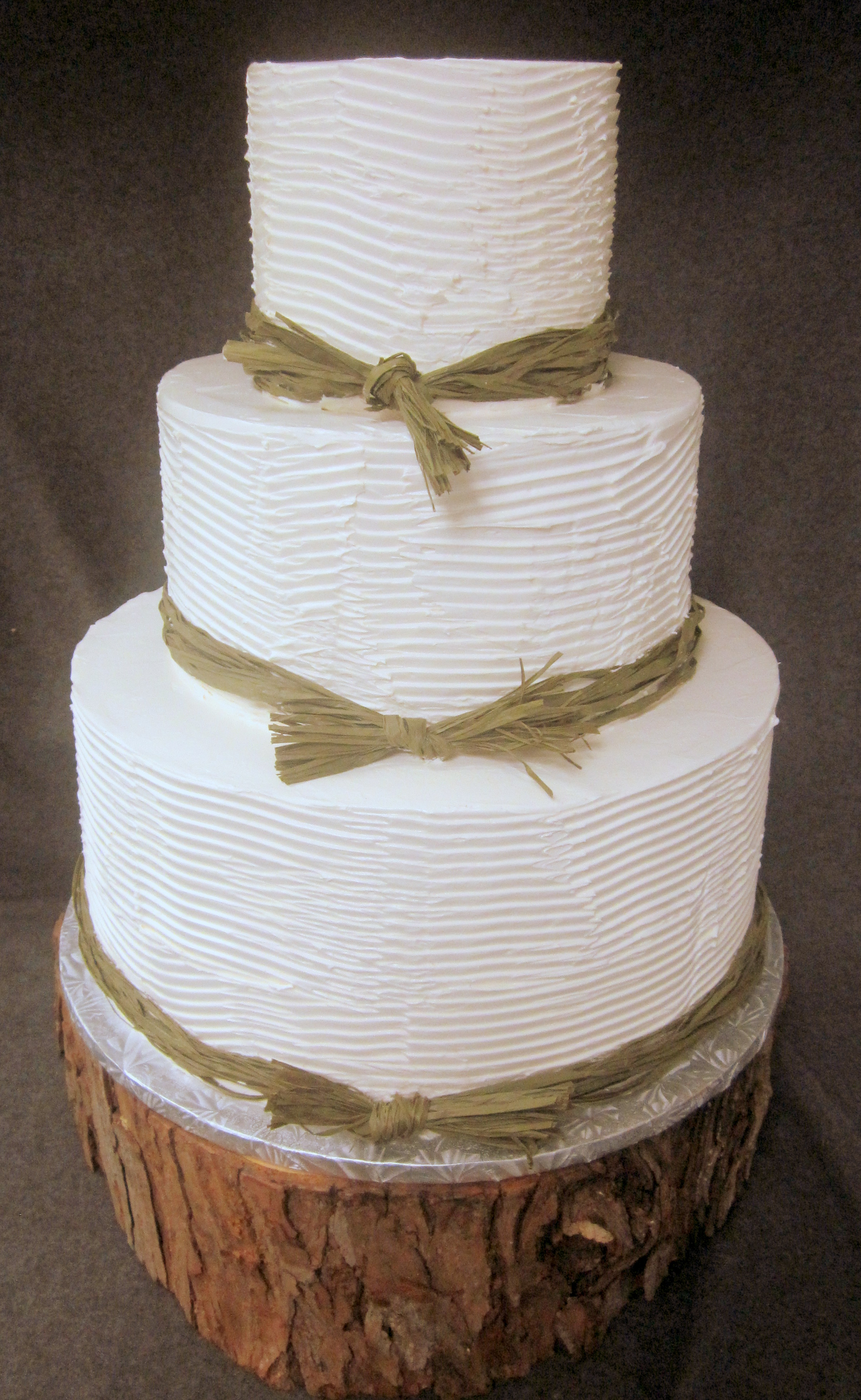 wedding-twine on tree trunk.JPG