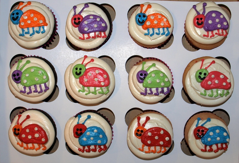 ladybug_cupcakes.JPG