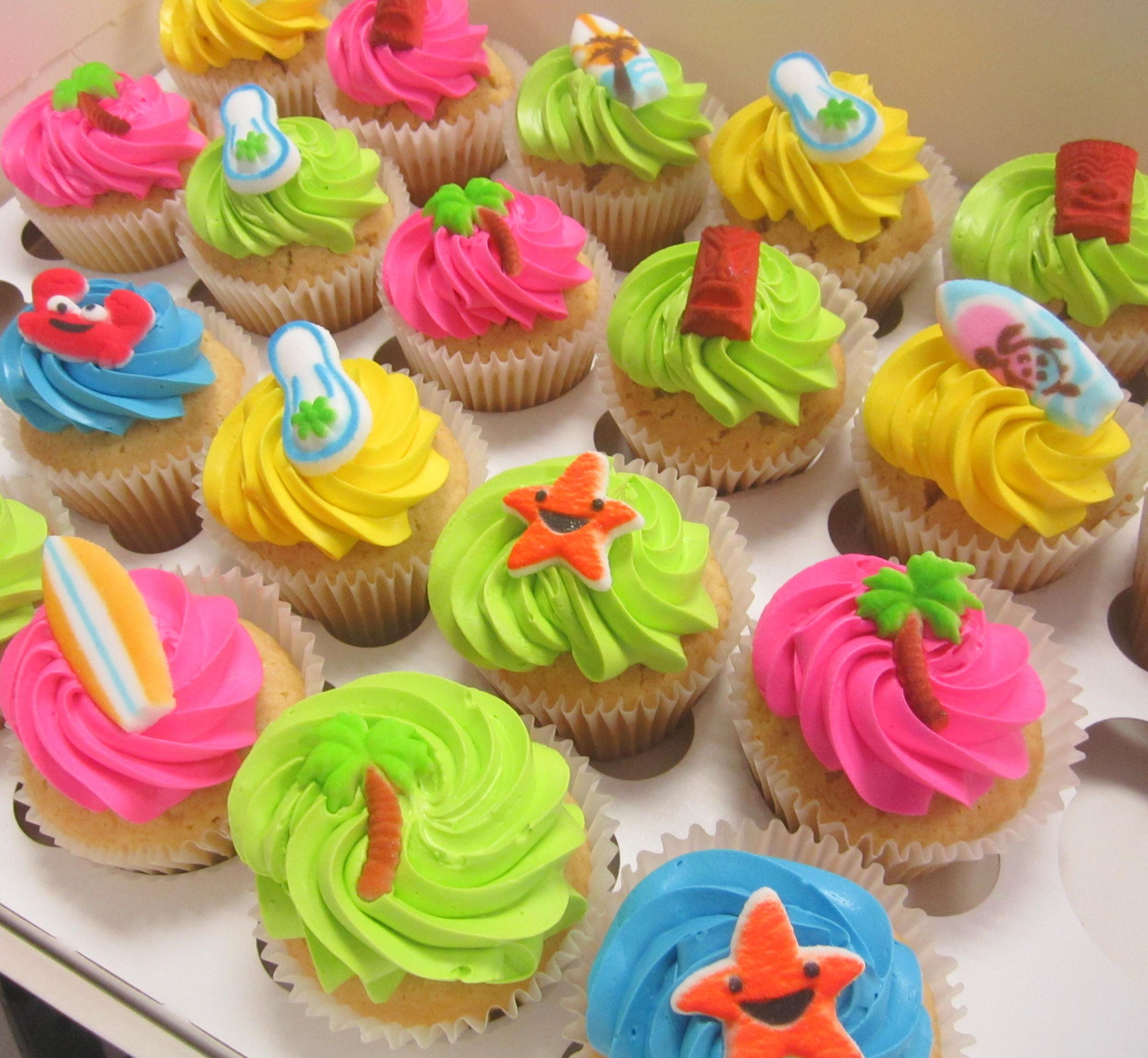cupcakes-beach.JPG