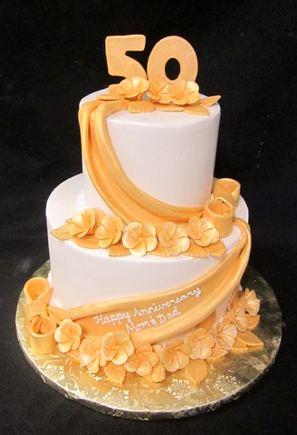 gold roses 50th anniversary.JPG