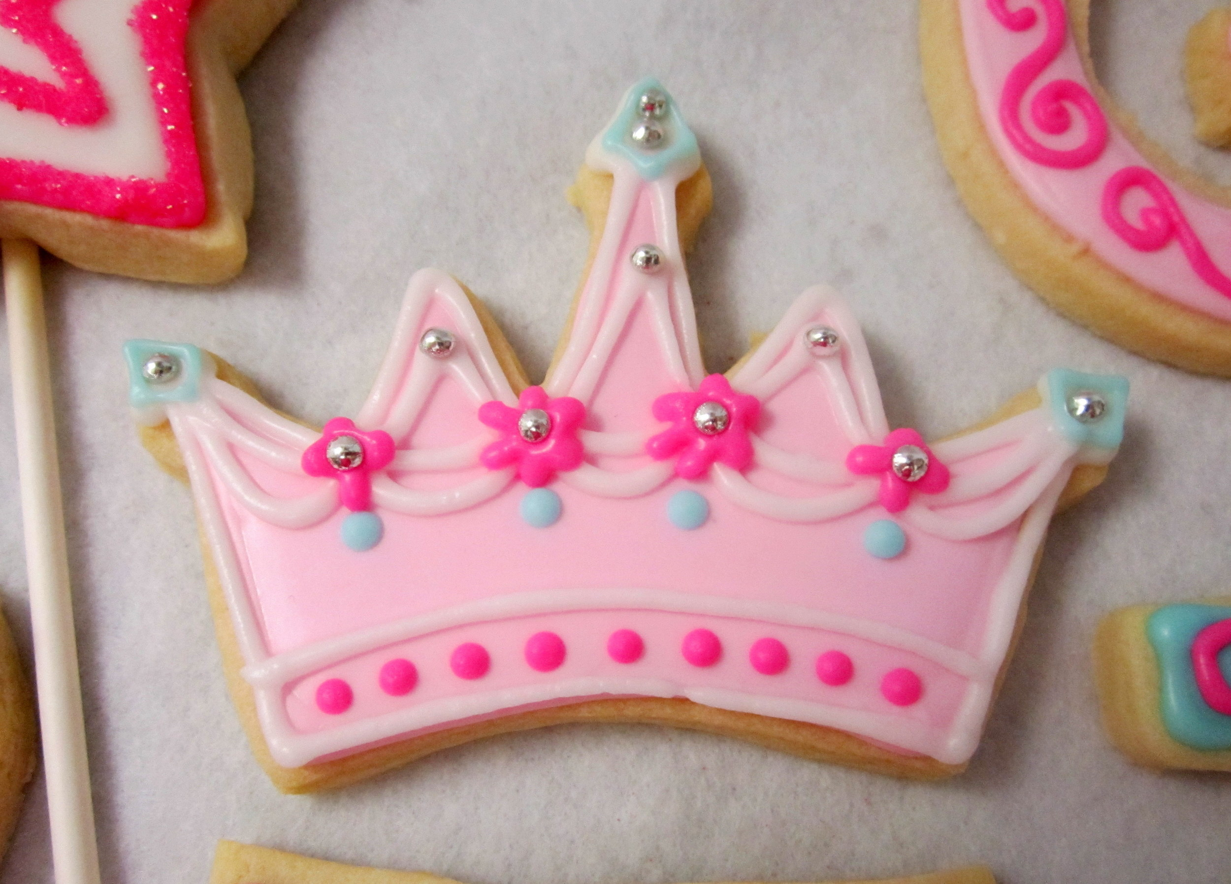 cookies-crown with dragees and color.jpg