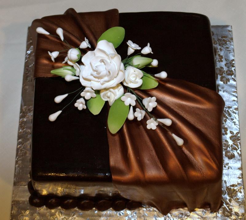 chocolate_draping_white_flowers.JPG