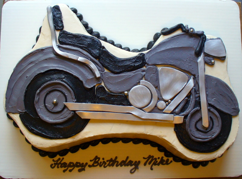 motorcycle_cake.JPG