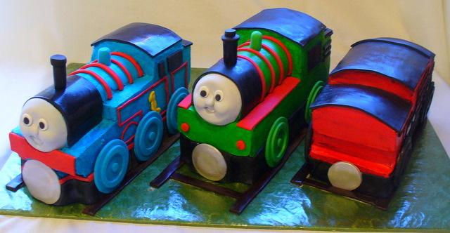 thomas_percy_caboose_cake.JPG