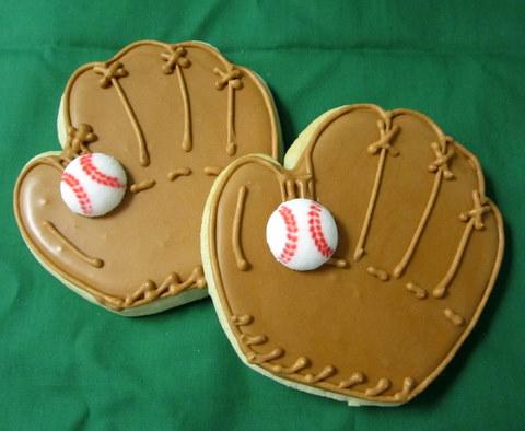 cookies-baseballglove.JPG