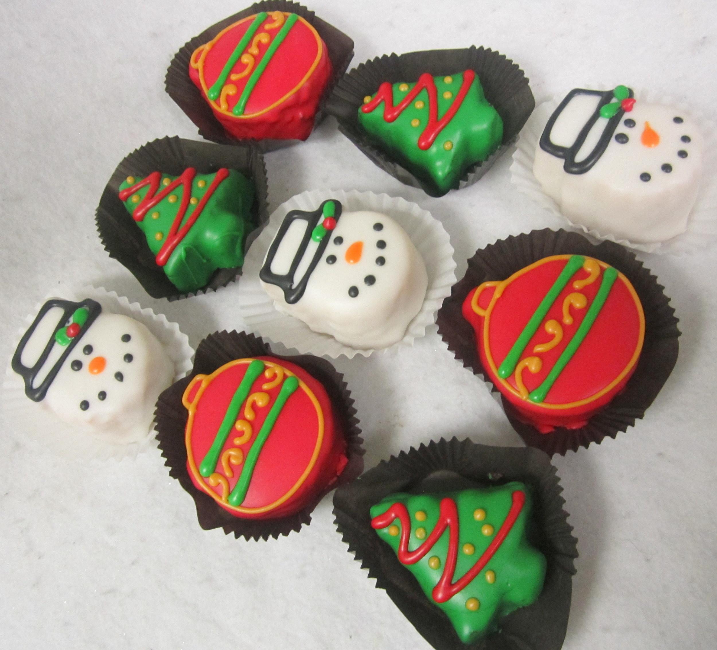 petit fours- christmas shapes.JPG