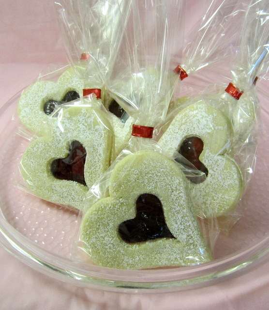cookies-hearts_with_jam.jpg