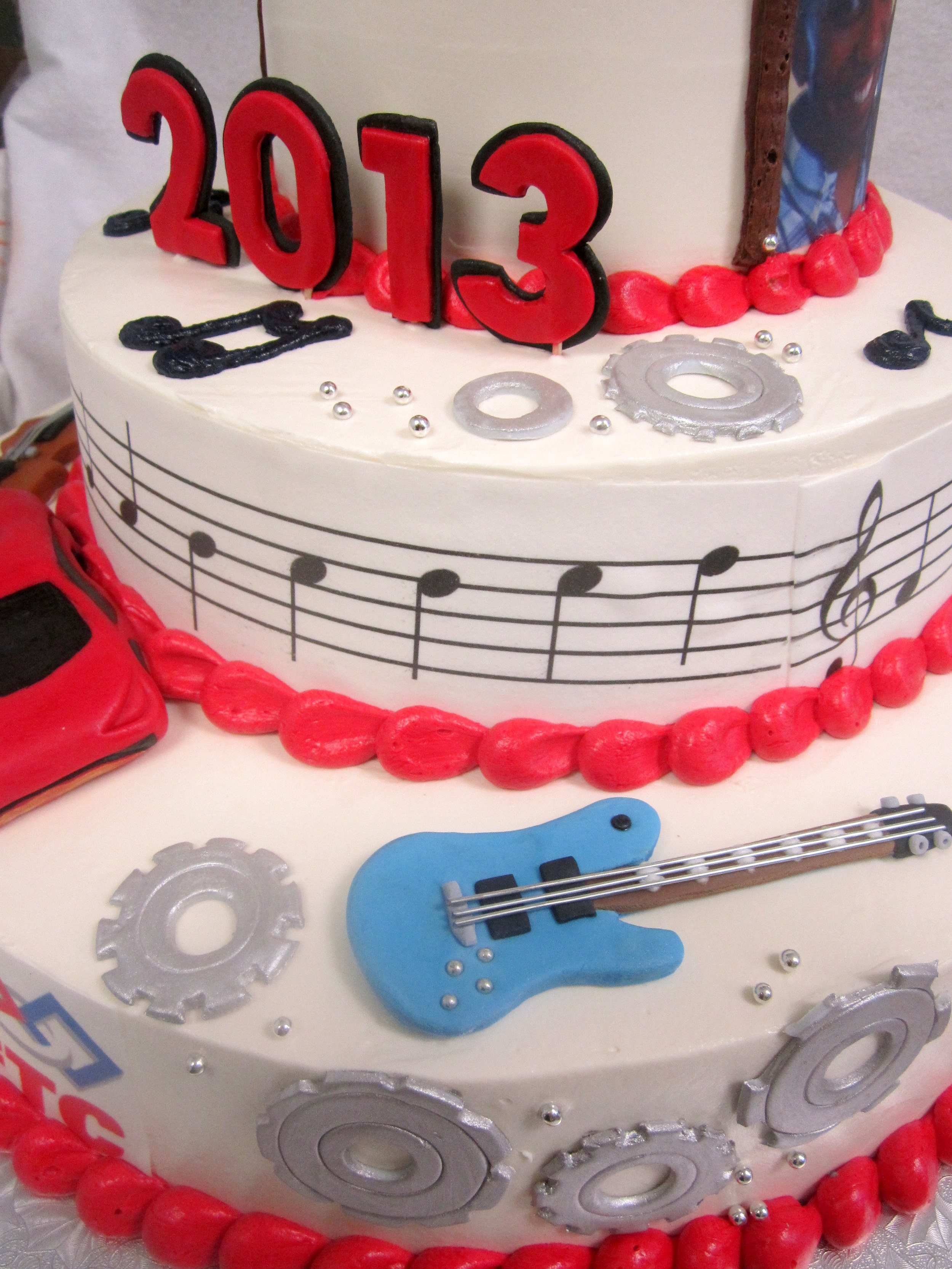grad cake=gears guitars.jpg